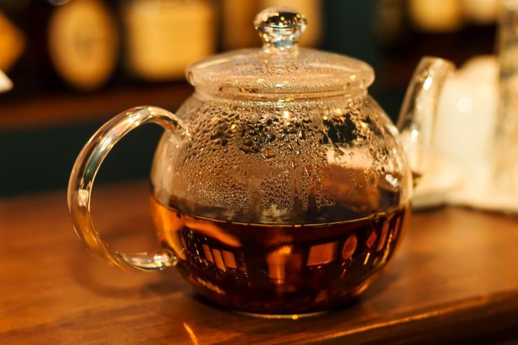 産後ダイエットに飲むべきお茶とは?